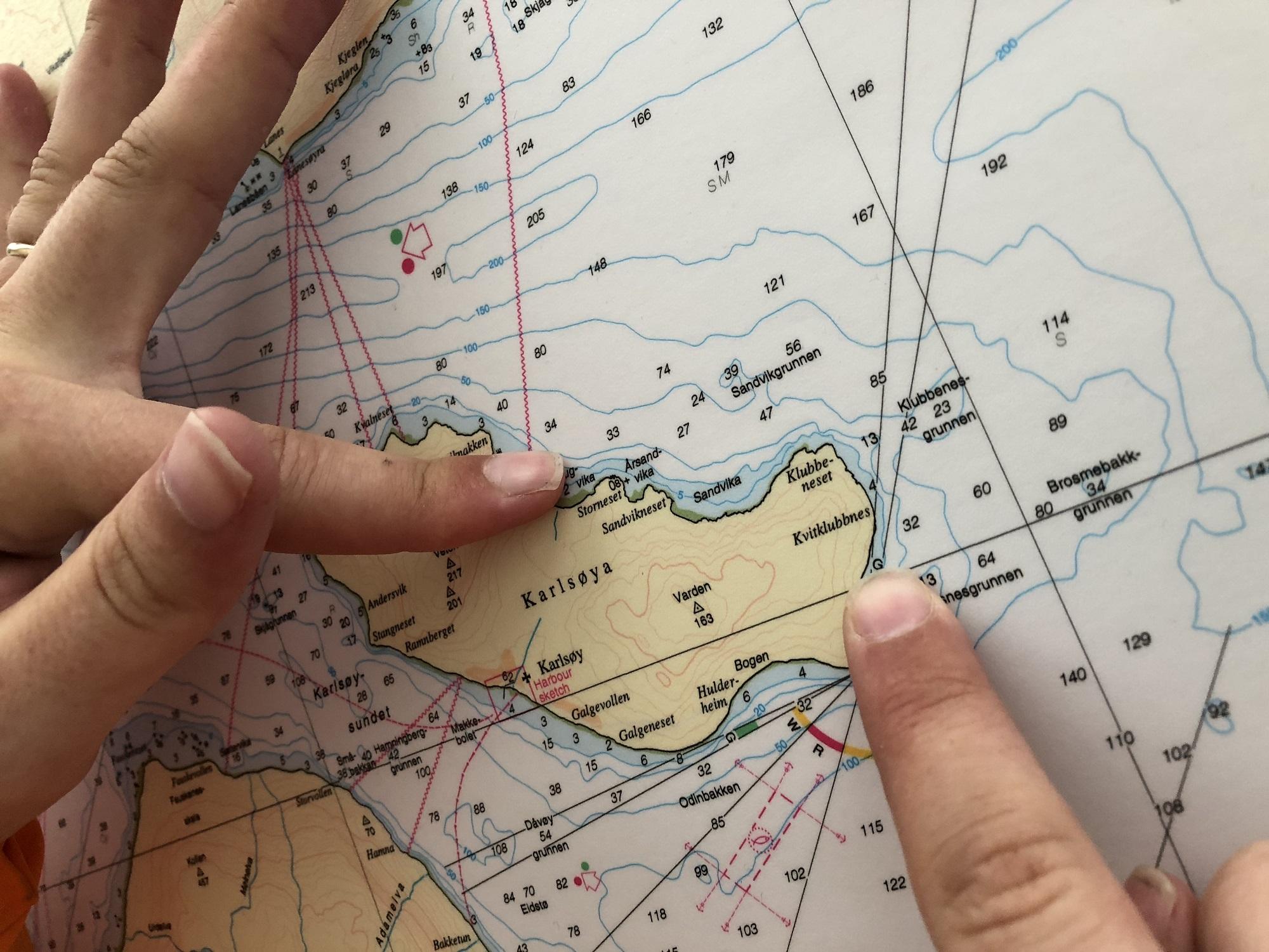 Schaut Euch die Seekarten vor einer Ausfahrt genau an. Eure Gastgeber geben gerne Tipps zu den Hotspots