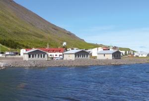 Island-Huetten.jpg
